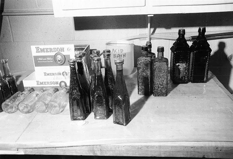 Cargo - Bottles